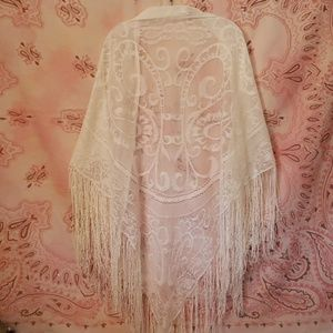 Vintage Paisely Lace Shawl Cape Wrap with Fringe